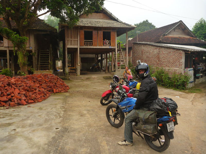 Leaving Mai Chau