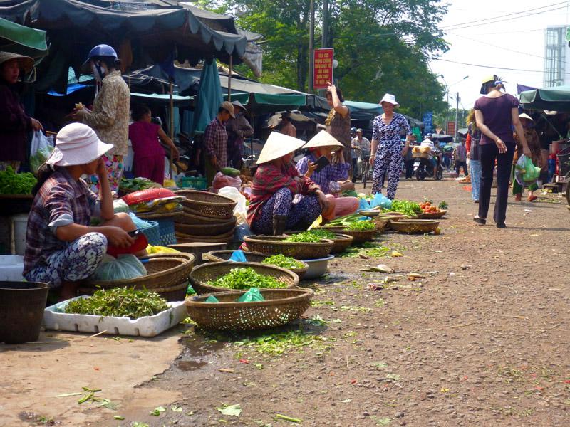 Dong Ba Market 1